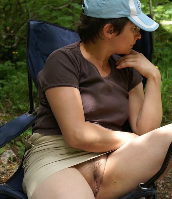 Ich stehe auf Camping und manchmal auf Sexchat